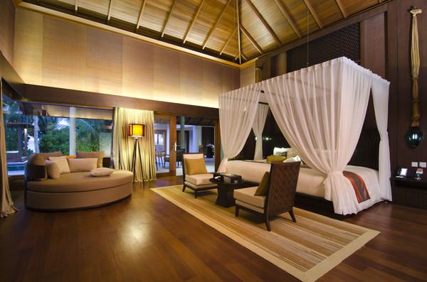 Jumeirah Dhevanafushi Hotel in Maldives
