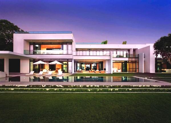 Luxury South Beach Estate Miami (1)