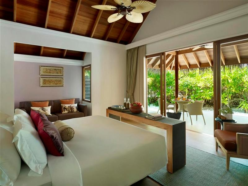 dusit thani maldives inside rooms