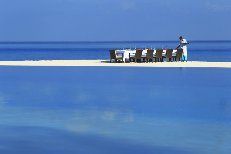 Velassaru Maldives Luxury Travel beach dinning eating