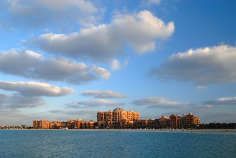 Print_Emirates-Palace-daylight