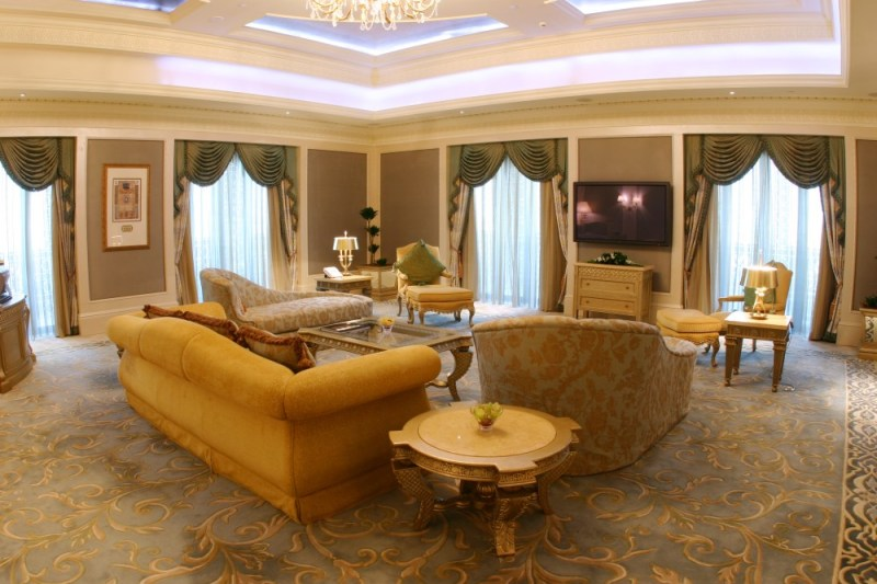 Print_Royal-Khaleej-Suite-Living-Room