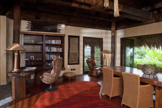Laucala_hilltop_estate_library