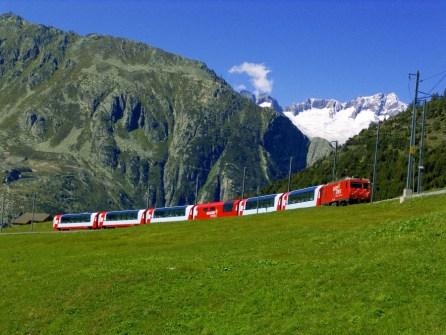 Glacier Express outside photo