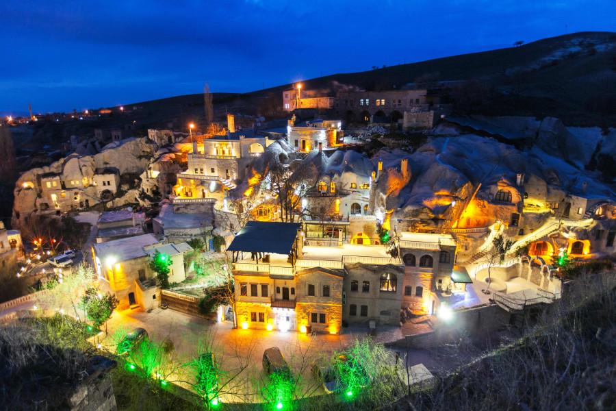 Gamirasu Cave Hotel – rooms built into volcanic rock