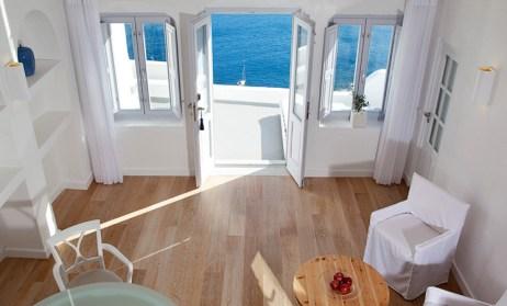 Katikies Hotel room white