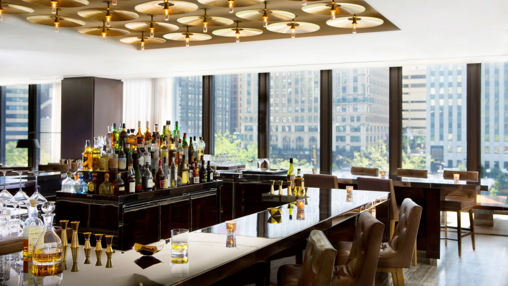 Langham Chicago-tlchi-dining-travelle-bar-1680-945
