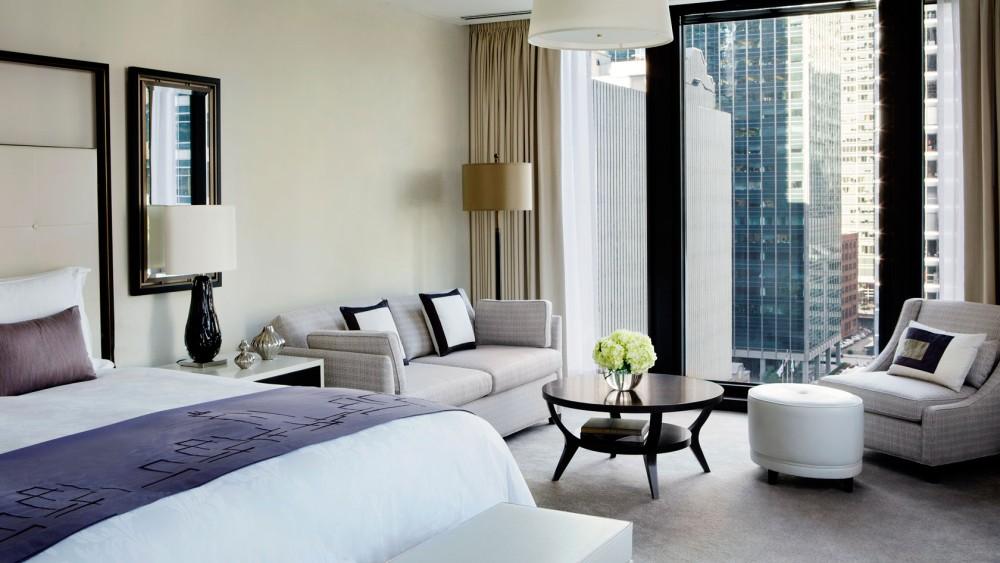Langham Chicago-tlchi-rooms-classic-junior-suite-1680-945