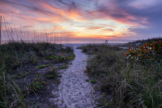 Being one of the more popular destinations in the area, Holmes Beach has a big parking lot. But if you walk a little ways north or south you can find all of these hidden paths from quiet residential areas which provide less used access. Unlike the beaches of Miami and Ft Lauderdale, the beaches of Anna Maria Island are laid back. And even more so when you can find your own little path leading to a stretch of beach to call your own.