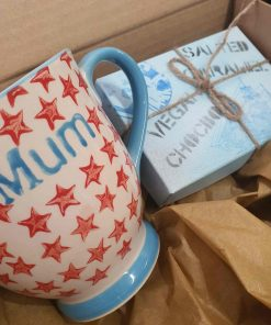 Chocolate & Star Mum Mug in Bundle with vegan chocolate at Just Gaia for plastic free gift ideas