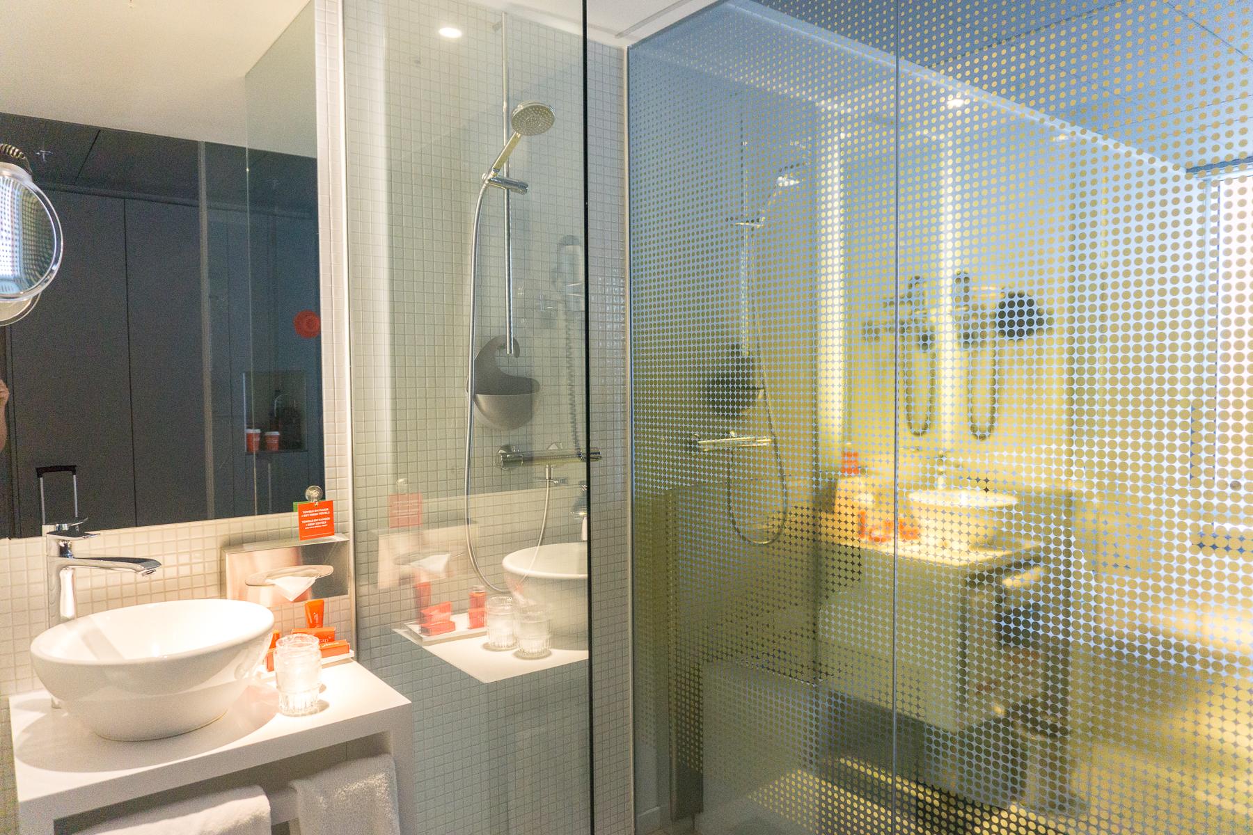 Design Badkamer Rotterdam : Nhow rotterdam badkamer just go global