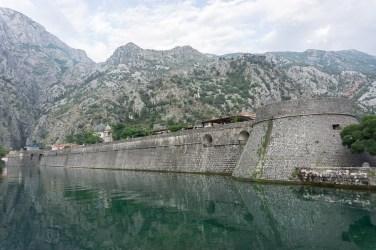 kotor-montenegro-muur