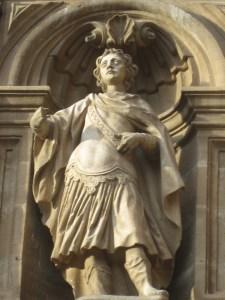 Statue on Camino Frances