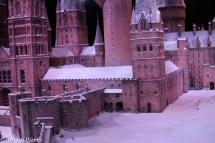 hogwarts in the snow detail