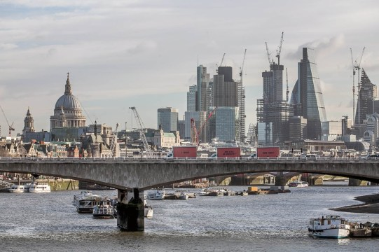 Jeff Moore THIS PICTURE IS FREE TO USE THREE BILLBOARDS OUTSIDE GRENFELL TOWER, LONDON London, 15th February 2018: Community-led organisation, Justice4Grenfell, today paraded three billboards past Westminster on the way to Grenfell Tower, to highlight the lack of progress being made in the wake of the Grenfell Tower tragedy. Marking 8 months since the tragic event, the highly visible stunt recreates a scene from the film 'Three Billboards Outside Ebbing, Missouri', following its success at the Golden Globes and multiple nominations for this weekend's BAFTAs. The billboards read '71 Dead', 'Still No Arrests', 'How Come?' For further information, or to arrange an interview with a Justice4Grenfell spokesperson, please contact Paul McEntee on paul@mcandt.co.uk or 07791 156326; or Matt Crowhurst on matt@mcandt.co.uk or 07971 301874.
