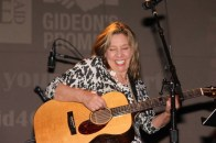 Maryanne Redmond at Gideons Promise/LSIC benefit