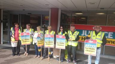 ISS picket 3
