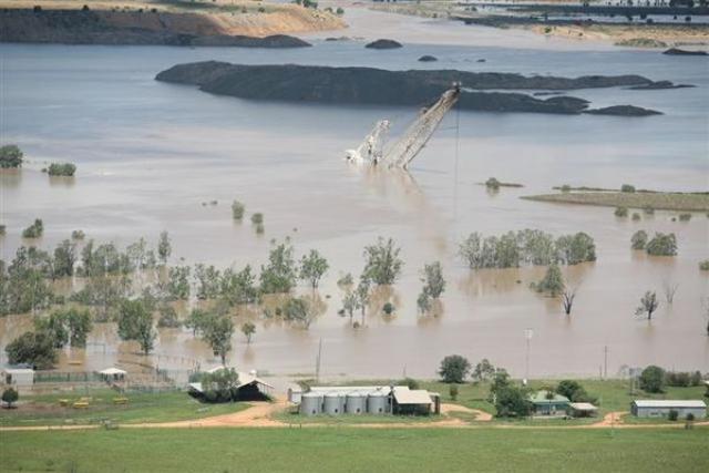 p8_flooded_ensham_mine