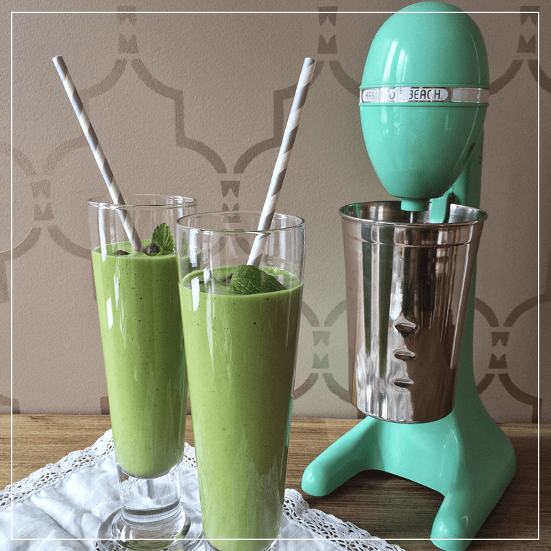 Superfood Shamrock Smoothie // JustineCelina.com