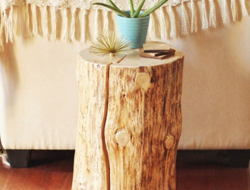 DIY | Natural Tree Stump Side Table // JustineCelina.com