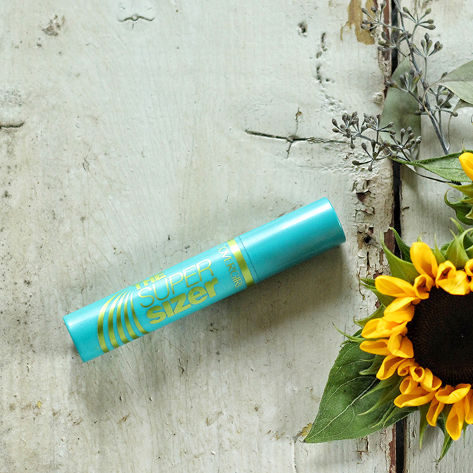 Best in Beauty | August 2015 | Covergirl The Super Sizer by LashBlast Mascara Photos, Review, Swatches // JustineCelina.com