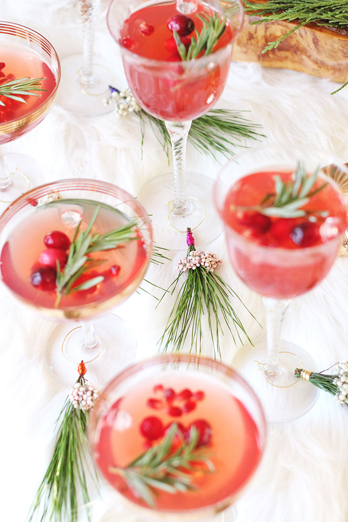 DIY | Mistletoe Inspired Wine Charms