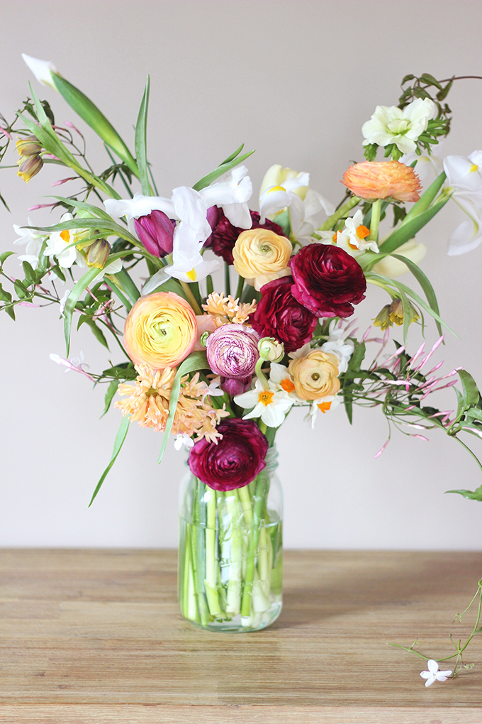 An Introduction to Spring Flowers | A fresh, gathered Spring bouquet // JustineCelina.com