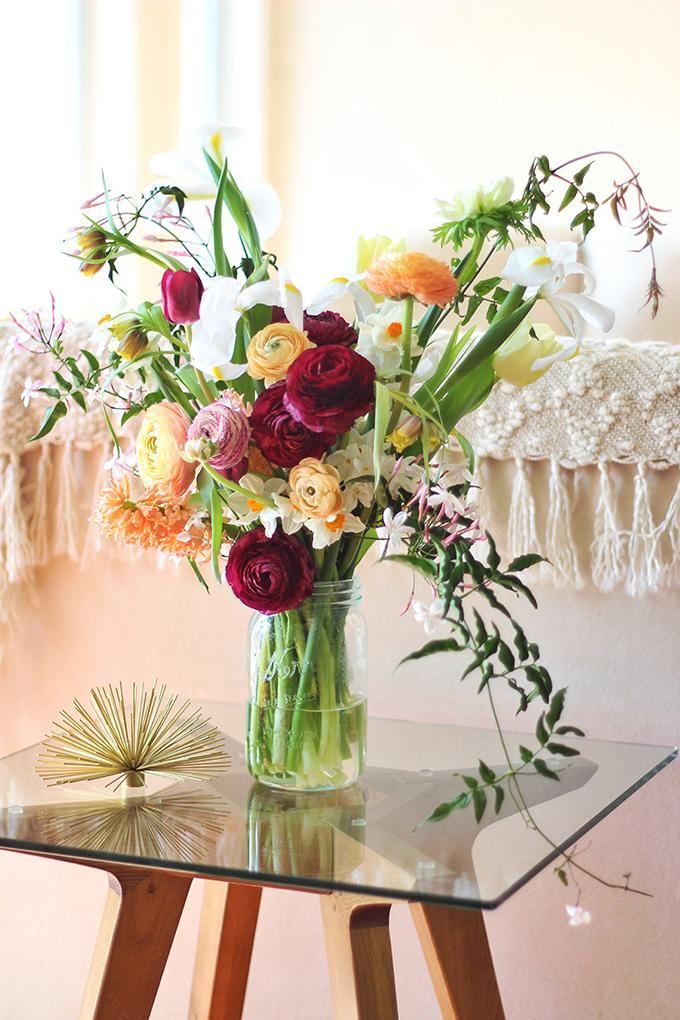 An Introduction to Spring Flowers | Jasmine Vine // JustineCelina.com