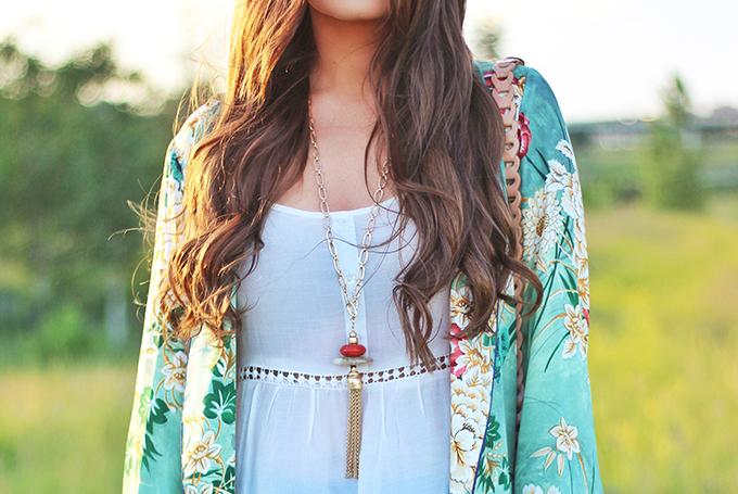 Summer 2017 Trend Guide | Kimono Love | Tassels // JustineCelina.com