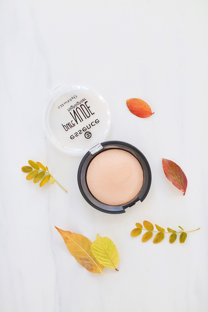 Essence Pure Nude Highlighter in Be My Highlight 01 | September 2017 Beauty Favourites // JustineCelina.com