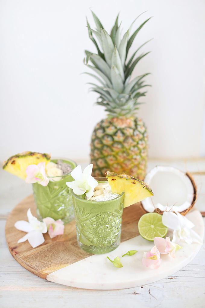 Tropical Zinger Green Smoothie | #vegan #dairyfree #glutenfree #refinedsugarfree // JustineCelina.com