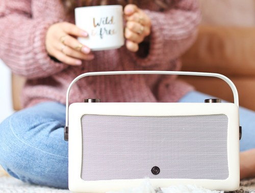 February 2018 Soundtrack | My VQ Hepburn Digital Radio | Calgary Lifestyle Blogger // JustineCelina.com