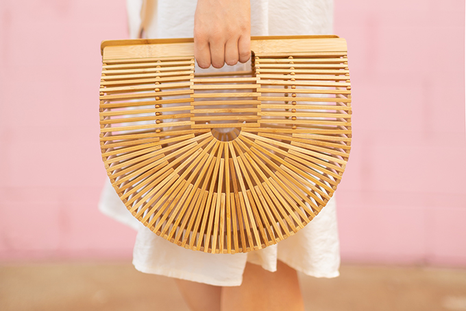 The Accessory Edit | Natural Material Bags | Cult Gaia Ark Large | How to Style Cult Gaia's Ark Bage | The Best Wood Bags 2018 // JustineCelina.com