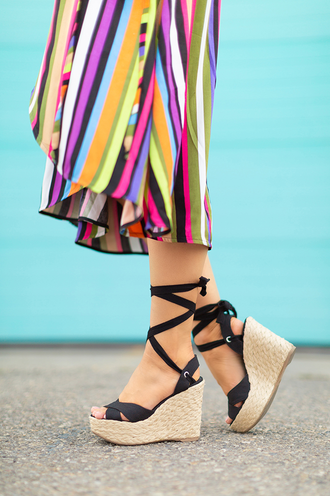 Transitional Shoe Guide | Summer to Autumn 2018 // The Best Shoes to Transition from Summer into Fall | Top Shoe Trends 2018 | Espadrilles | Esme Black Wedges Lulus // JustineCelina.com