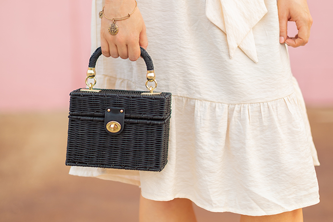 The Accessory Edit   Natural Material Bags   Zara Black Raffia Minaudière Bag   How to Style Raffia Bags   The Best Raffia Bags 2018 // JustineCelina.com
