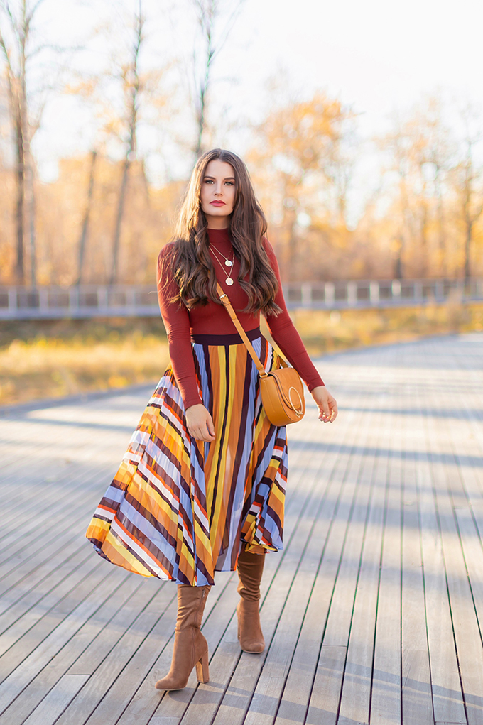 Autumn 2018 Lookbook | 70's Inspired Stripes, Rust Orange Mockneck Top and Brown Suede OTK Boots | Autumn 2018 Trends | JustineCelina.com