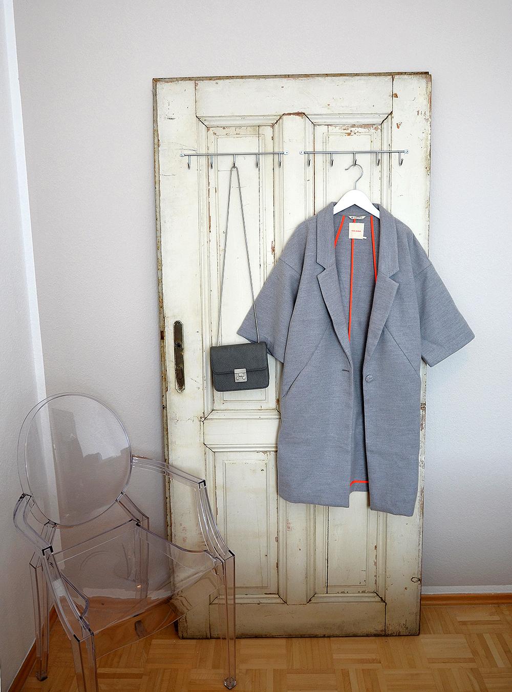 aus alt mach neu: wie du aus einer alten tür eine garderobe machst
