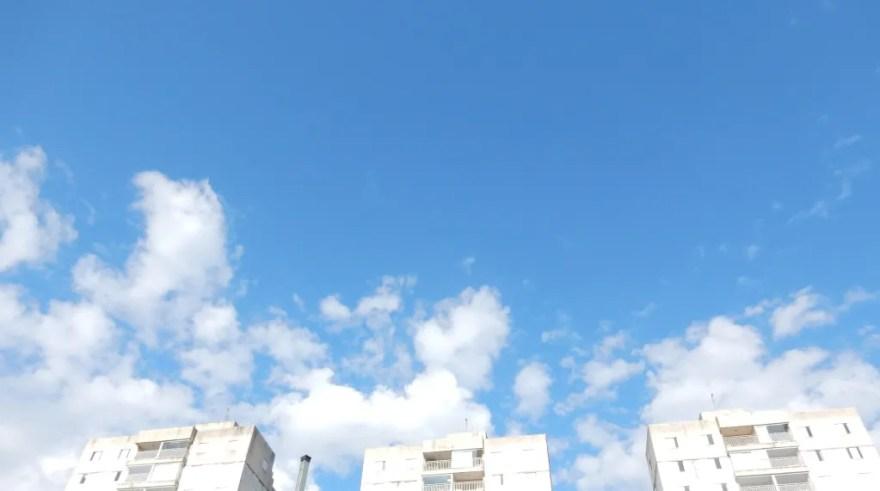 Quinhentos mil cadáveres em céu azul- 2