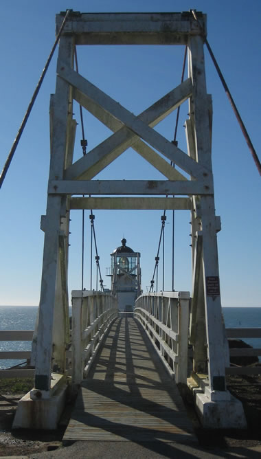 Point Bonita Lighthouse bridge
