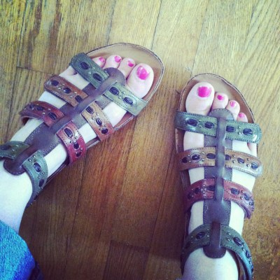 Win a pair of Kalso Earth shoes! {giveaway}