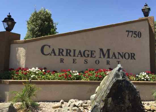 Welcome to Carriage Manor Resort