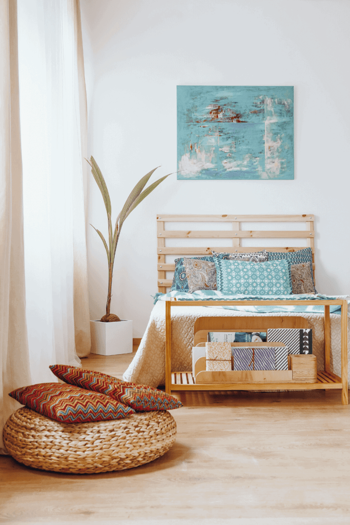 How to Create the Boho Bedroom of Your Dreams - Play With Colors - justjeslyn.com