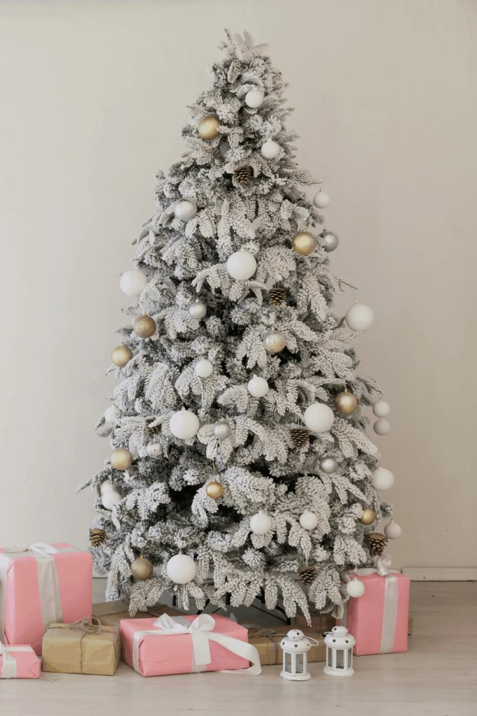 12 Gorgeous Christmas Tree Ideas For 2020 | Just Jes Lyn
