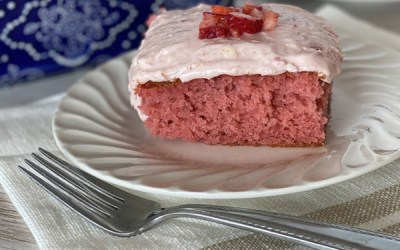 My Favorite Strawberry Cake Recipe For Spring