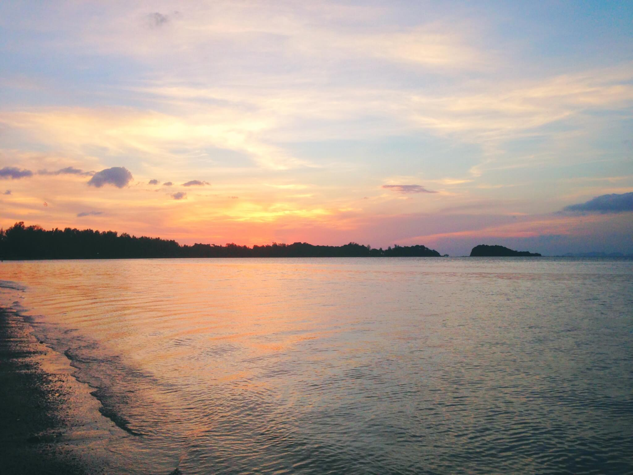 Traveling Thailand With My Best Friend: A Series Of Strange Events