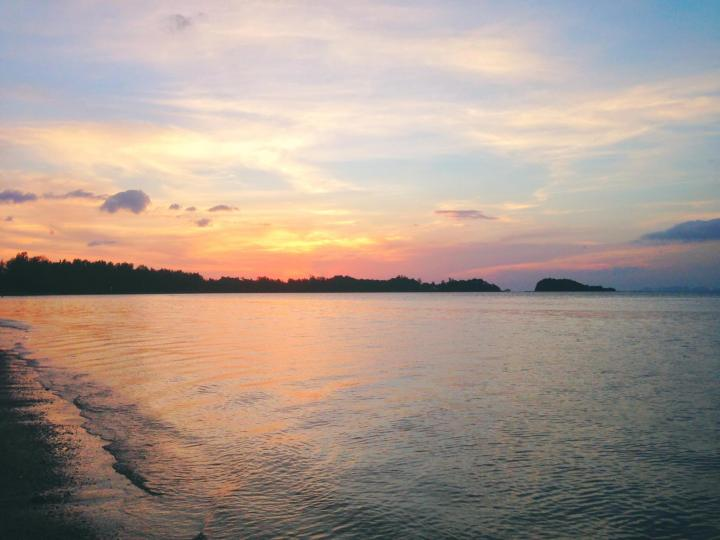 Photo of a Sunset over the Ocean Thailand