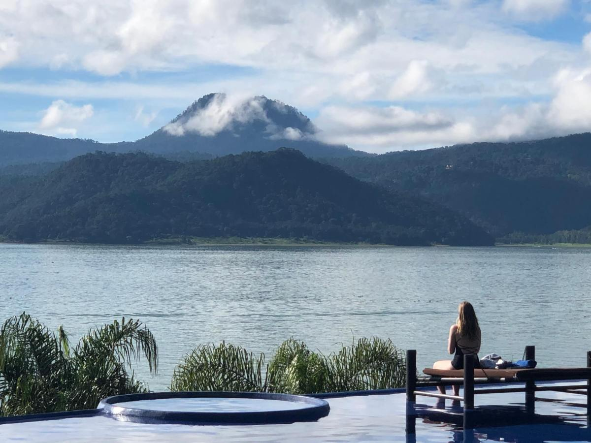 Hotels in Valle de Bravo | View of the lake at El Santuario