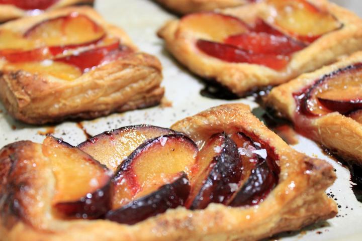 plum tarts