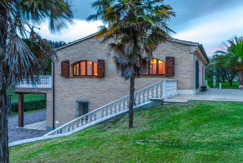 Villa Leo Justmarche