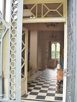 entrancedoors